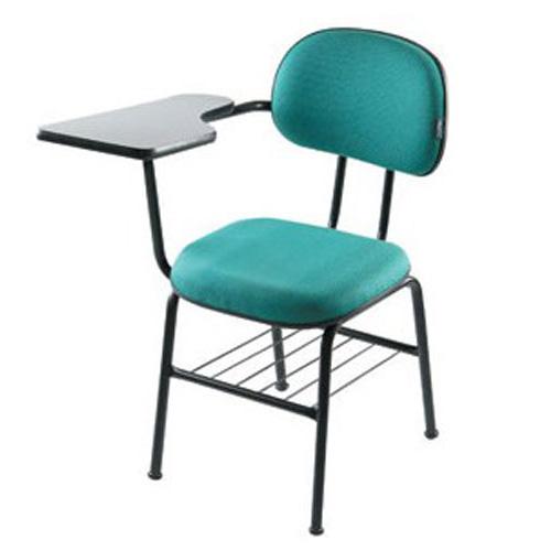Cadeira escolar estofada